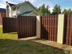 Забор из металлопрофиля и профнастила в Гродно